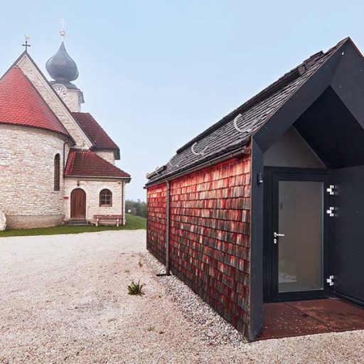 9: Holzbaupreis für besser mit Holz gebaut und handwerkliche Leistungen: Nebengebäude der Filialkirche Stein an der Enns